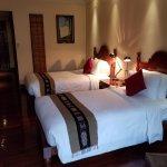 Savoy Hotel Yangon Foto