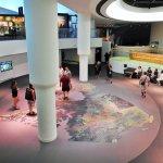 salle autour de laquelle s'articule une partie des expositions_musée canadien de l'histoire