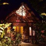 Las Cascadas Lodge Photo
