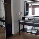 Foto de Hampton Inn and Suites Detroit/Airport-Romulus