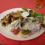 """""""Matjesfilet Nordic Style"""" with pan-fried potatoes"""