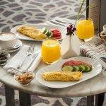 A balanced breakfast for late-riser at the IC Tel Aviv Lobby
