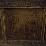 Antico mobile di legno