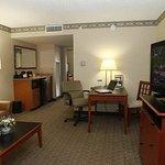 Foto de Embassy Suites by Hilton Louisville