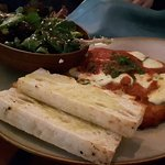 Value for money Greek an Mediteranean food. Located in beautiful Flinders Street and Federation