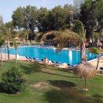 Excelente piscina del hotel
