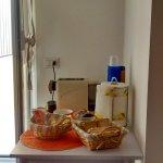 Tavolino caffè, biscotti, merendine, fette biscottate... in cucina x la colazione :)