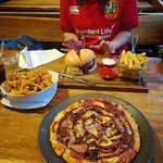 Burger and Pizza!
