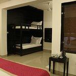 Photo de Hotel Sri Nanak Continental