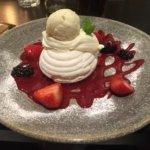Pavlova dessert from the restuarant .