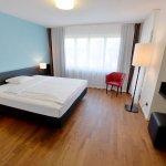 Hotel Illuster Foto