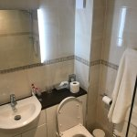 Quality Amenities with a Mirror that self De-Fogs when lights switched on