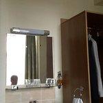 washbasin in main bedroom