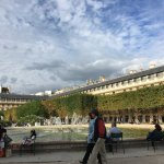 le plus beau jardin du monde entre le Louvre et Opéra