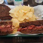 Hot Pastrami (asked for Rye) got pumpernickel. Note ratio thickness bread to meat