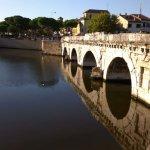 The Tiberius Bridge Foto