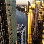 Foto de Meriton Suites Adelaide Street, Brisbane