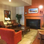 Photo de Country Inn & Suites By Carlson, Calgary-Airport, AB