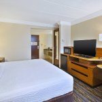 Photo of Fairfield Inn & Suites Dulles Airport Herndon/Reston