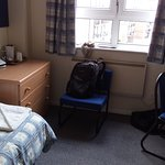 My single room, spacious, clean and airy.