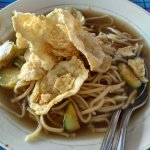 simple noodles , taste its good , low price  , good toping and sweet flavor  .