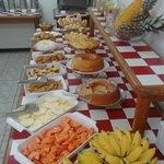 Cafe da manhã uma delicia todos os dias....grande variedade