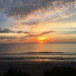 Photo de Radisson Suite Hotel Oceanfront