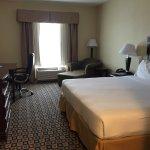 Foto de Holiday Inn Express Hotel & Suites Waukegan