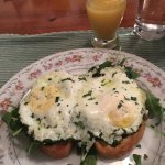Herb eggs with prosciutto