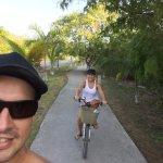 O hotel Palms Tulum empresta bicicletas para que os hóspedes possam ir até a praia! Show!