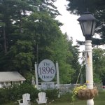 Foto de The 1896 House Country Inn - Brookside & Pondside