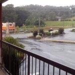 Area de estacionamienti: Hampton Inn enfrente