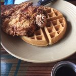 Fried chicken & waffles with maple syrup