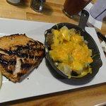 Salmon with tavern potatoes