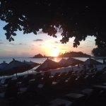 Photo de White House Beach Resort & Spa