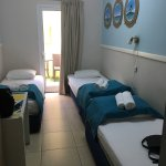 Photo de Beachfront Hostel