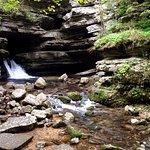 Foto de Blanchard Springs Caverns