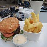 Photo de Fletcher Hotel-Restaurant De Witte Raaf