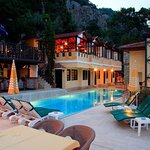 Photo of Belle Vue Hotel