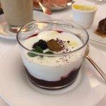 Frühstück: Hollerröster mit Joghurt