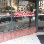 Bellacino's Pizza & Grinders resmi