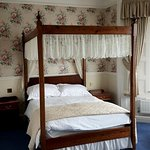 Four Poster bed in our upgraded room