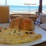 Un muy rico desayuno con la mejor de las vistas