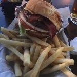 Foto van Archie's Giant Hamburgers