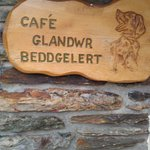 Cafe sign you are there