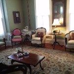 Foto de Higgins House Victorian Bed and Breakfast