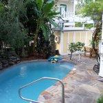 Photo de Azalea Inn & Villas