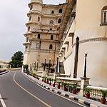walk to city palace!
