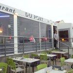 la terrasse du restaurant intérieure et extérieure