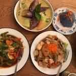 Green curry, Pad ped, Pad kee mao, rice